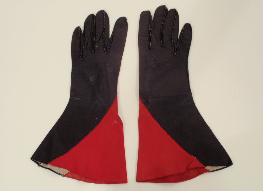 Vintage Red & Black Color Block Leather Gauntlet Gloves, c. 1980s Size 7 4