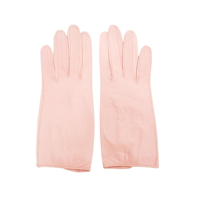 Roger Fare Pink Leather Vintage Gloves w/ Pearlized Button