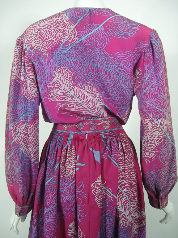 Emilio Pucci Fuschia Feather & Arrow Print Silk Peasant blouse & Wool skirt For Sale 2