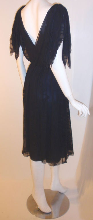CHISTIAN DIOR HAUTE COUTURE Navy Layered Chiffon Dress, Betsy Bloomingdale 1980s In Excellent Condition For Sale In Los Angeles, CA