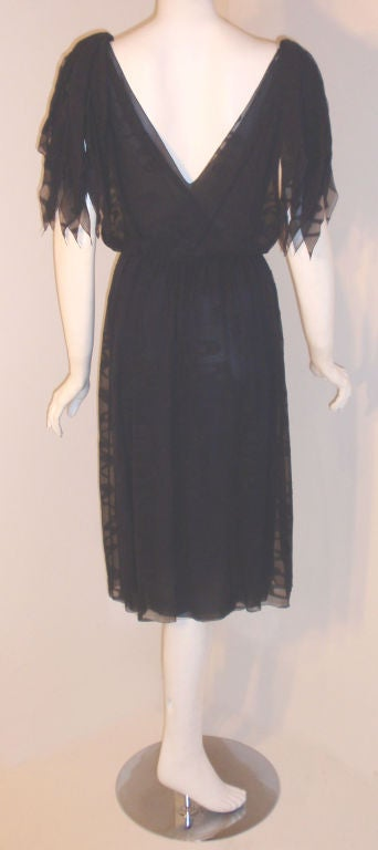 Women's CHISTIAN DIOR HAUTE COUTURE Navy Layered Chiffon Dress, Betsy Bloomingdale 1980s For Sale