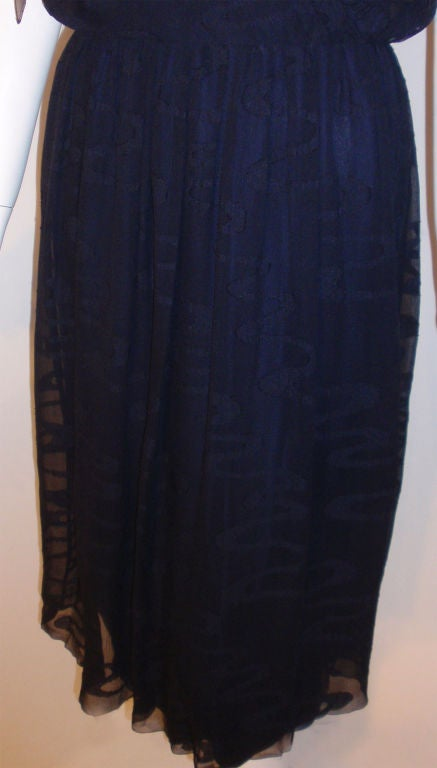 CHISTIAN DIOR HAUTE COUTURE Navy Layered Chiffon Dress, Betsy Bloomingdale 1980s For Sale 5