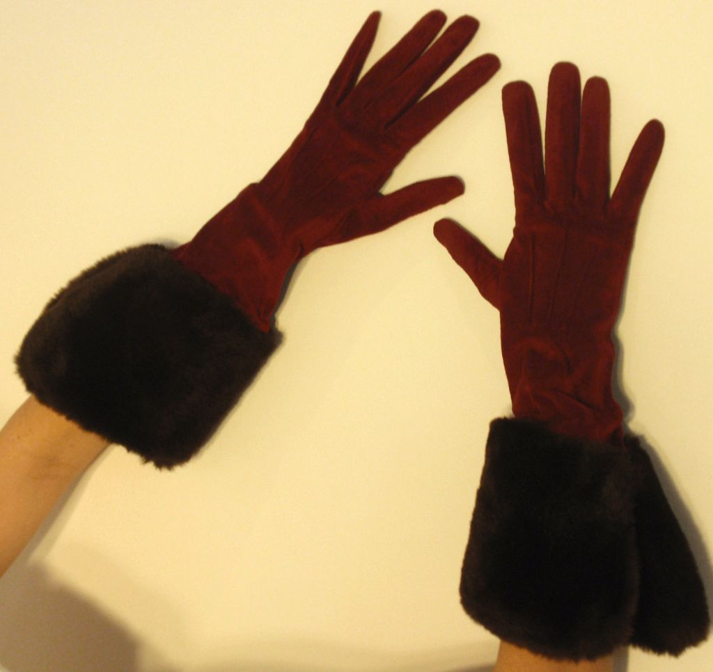 Yves Saint Laurent Rive Gauche Burgundy Suede Gloves with Faux Fur Cuffs 3