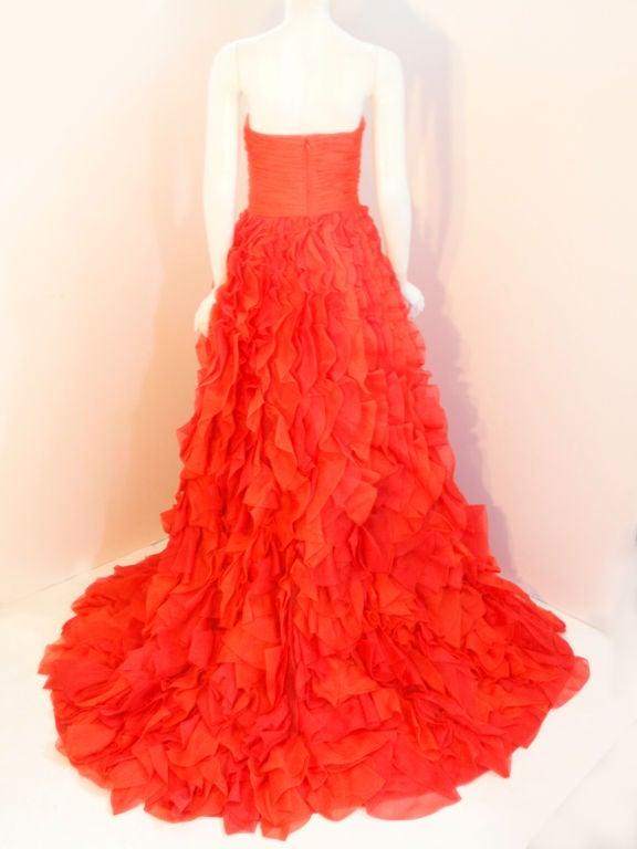 Oscar De La Renta layered organza gown 4