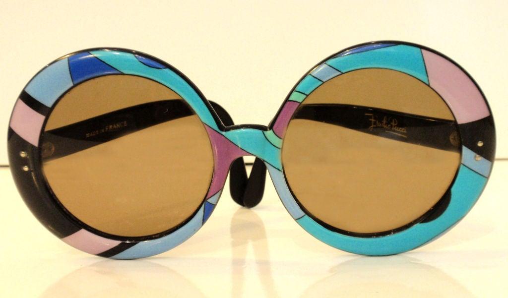 Emilio Pucci Large Round Mod Signature Print Sunglasses, 1960 5