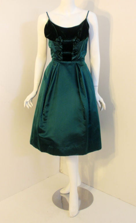 Oleg Cassini Emerald Satin Cocktail Dress w/Velvet, 1960 For Sale 5