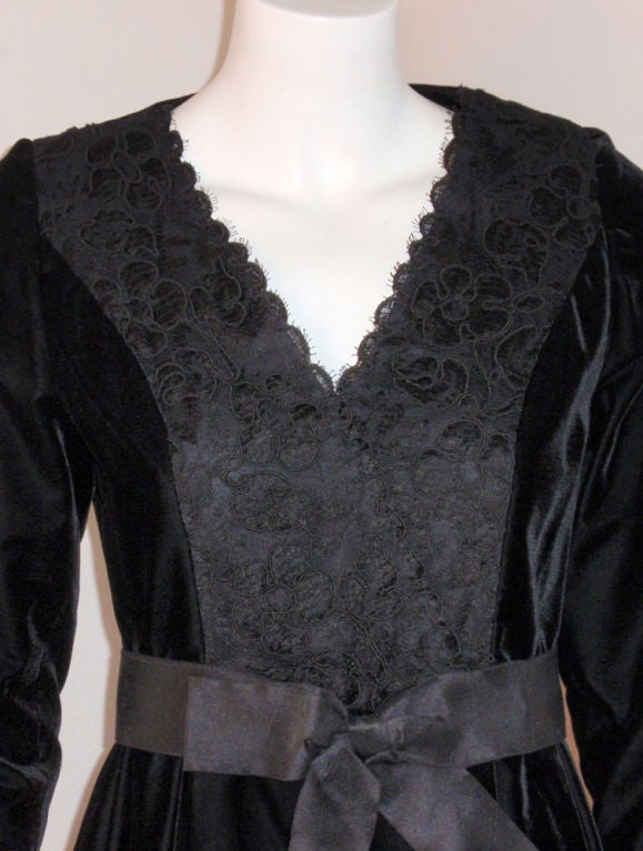 Givenchy Black Velvet and Lace Cocktail Dress w/ Bow Belt For Sale 2