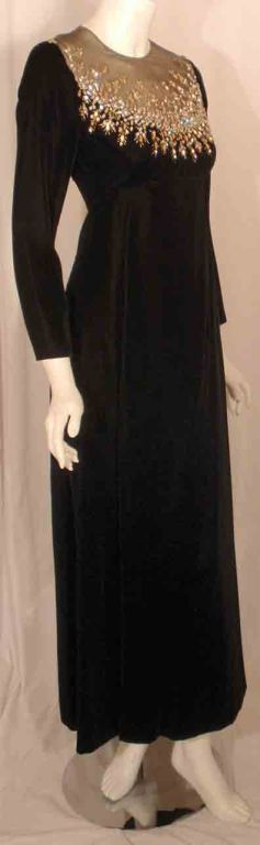 Women's Malcolm Starr by Elinor Simmons Black Velvet Gown with Rhinestones Collar For Sale