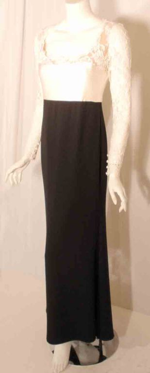 Women's 1990's Badgley Mischka Black and White Long Sleeve Gown For Sale