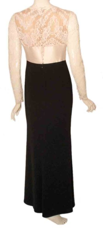 1990's Badgley Mischka Black and White Long Sleeve Gown For Sale 3