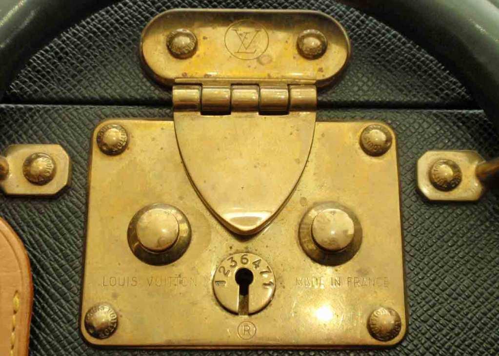 Louis Vuitton Dark Green Leather Briefcase 9