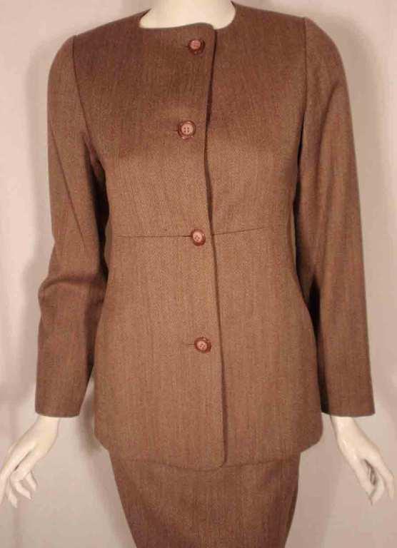 1990's Geoffrey Beene 2 pc.Brown Tweed Jacket & Skirt Set For Sale 3
