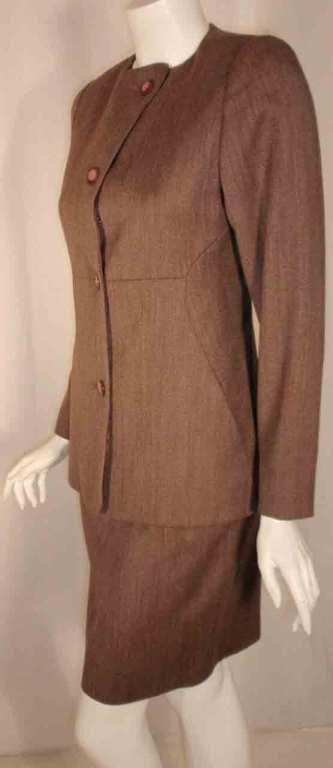 1990's Geoffrey Beene 2 pc.Brown Tweed Jacket & Skirt Set For Sale 4