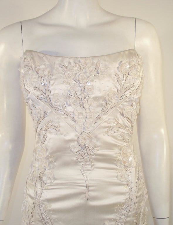Carolina Herrera Cream Satin Strapless Wedding Gown w/ Beading 6