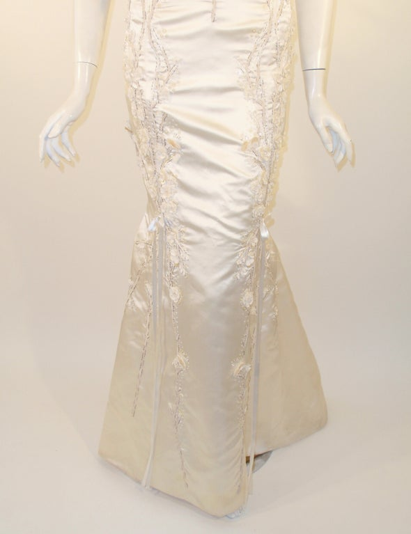 Carolina Herrera Cream Satin Strapless Wedding Gown w/ Beading 7