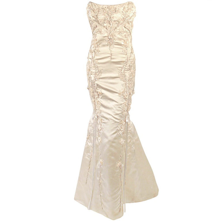 Carolina Herrera Cream Satin Strapless Wedding Gown w/ Beading 1