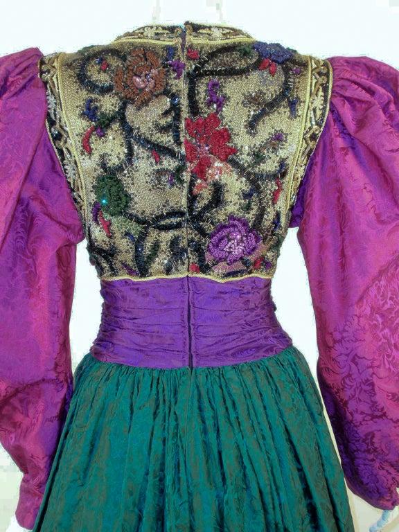 Oscar de la Renta Green, Purple, Pink Gown w/ Beaded Bodice For Sale 3