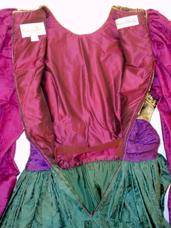 Oscar de la Renta Green, Purple, Pink Gown w/ Beaded Bodice For Sale 4