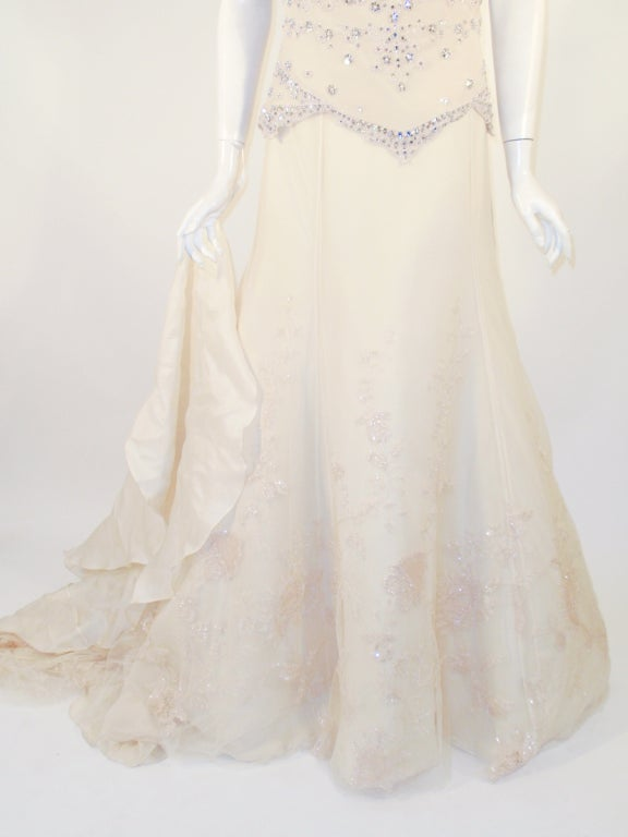 Badgley Mischka Cream Beaded Strapless wedding Gown w/ Train 10