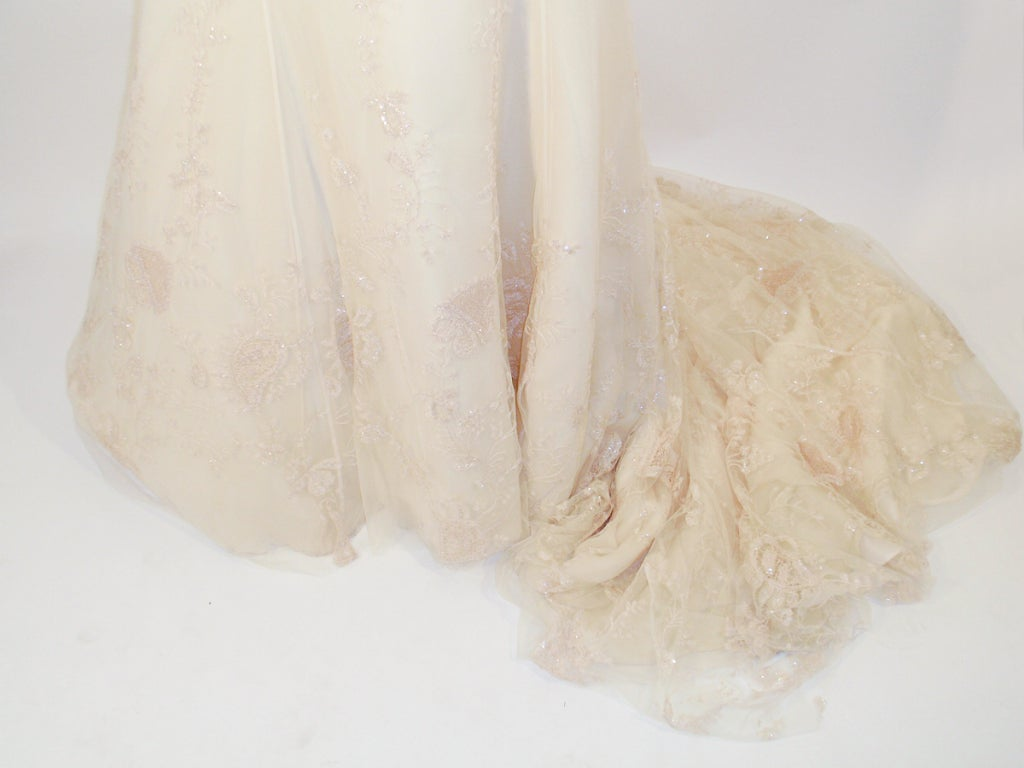 Badgley Mischka Cream Beaded Strapless wedding Gown w/ Train 8