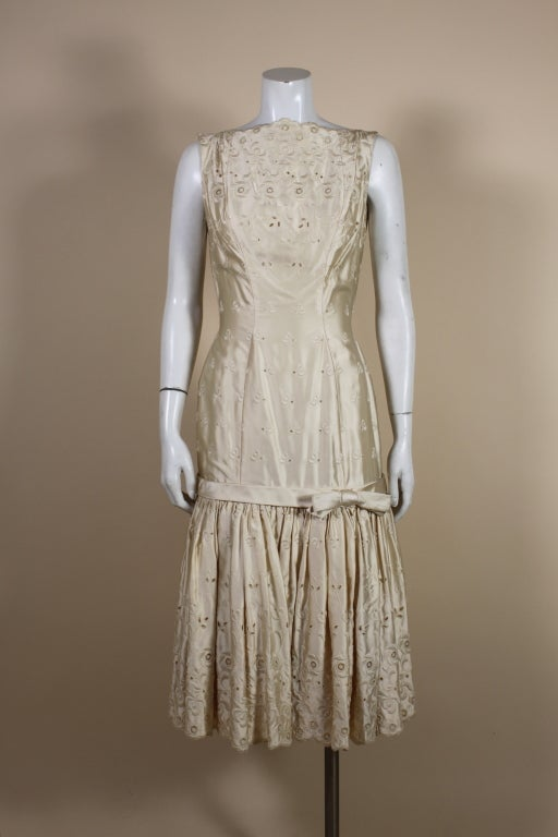 1950's Suzy Perette Cream Eyelet Satin Party Dress 2
