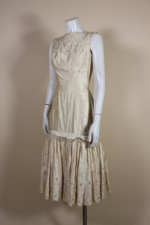 1950's Suzy Perette Cream Eyelet Satin Party Dress 3
