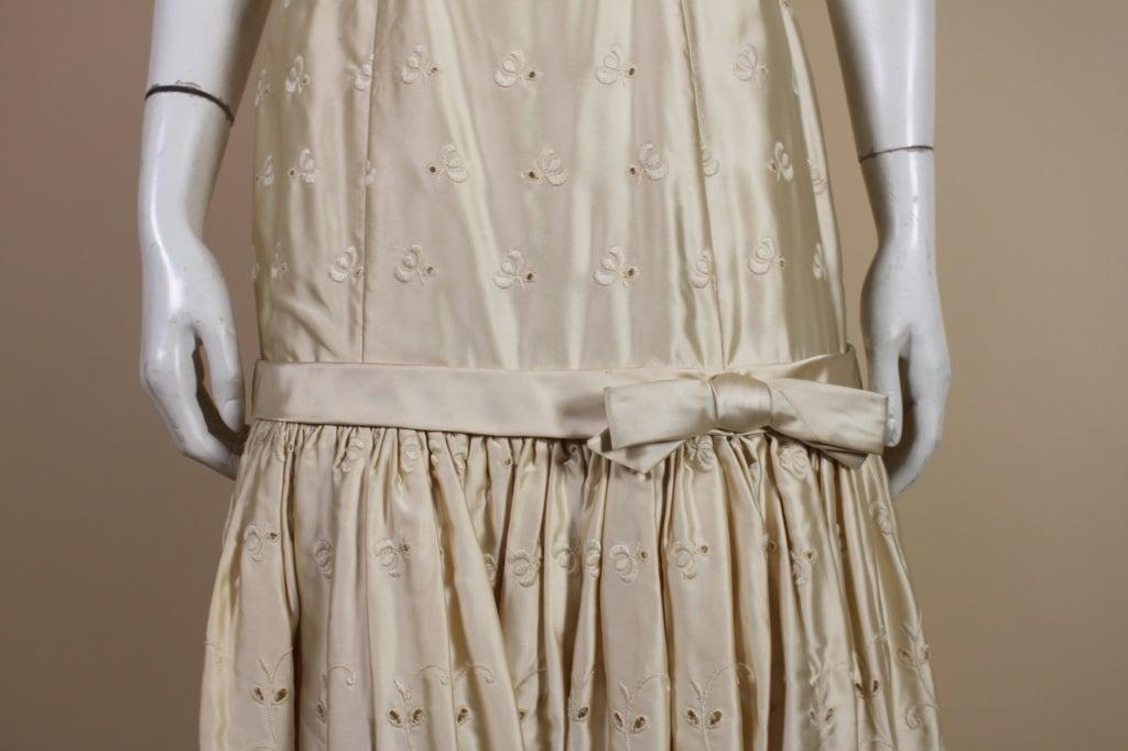1950's Suzy Perette Cream Eyelet Satin Party Dress 8