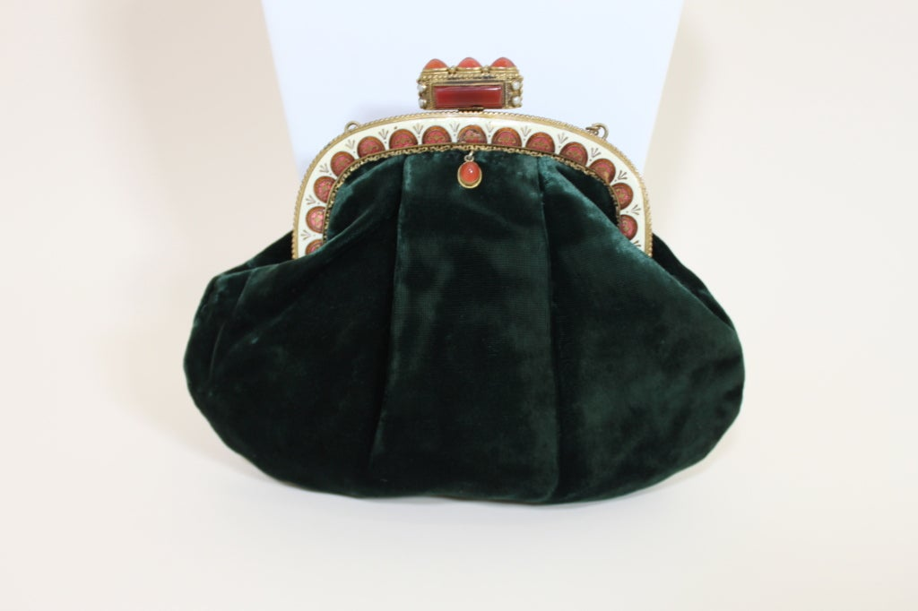 1940's Emerald Green Velvet Evening Bag with Ornate Frame 2