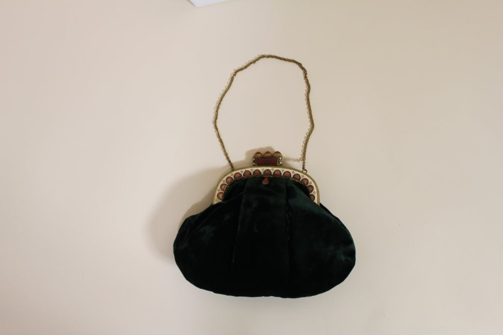1940's Emerald Green Velvet Evening Bag with Ornate Frame 4
