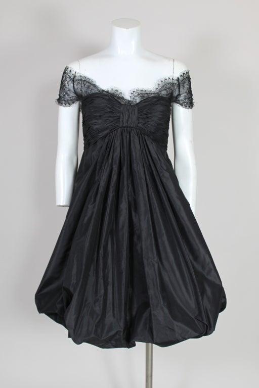 Oscar De La Renta Silk Taffeta and Lace Cocktail Dress 2