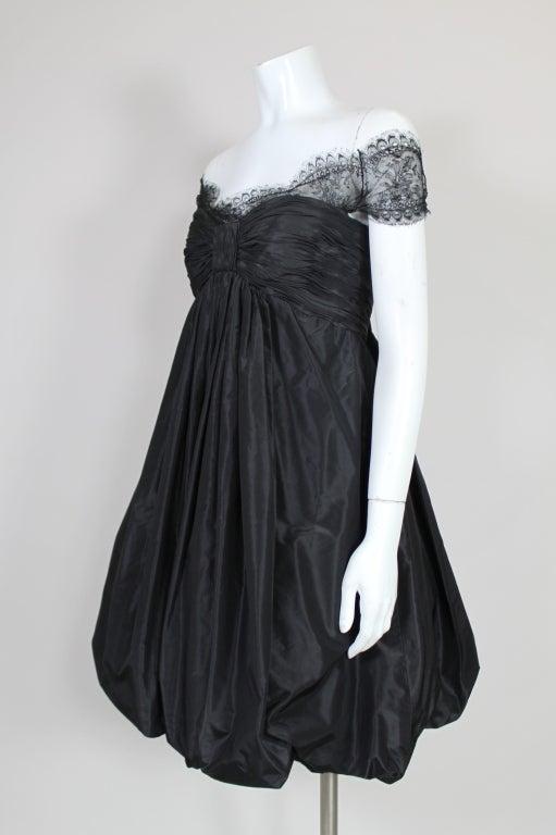 Oscar De La Renta Silk Taffeta and Lace Cocktail Dress 4