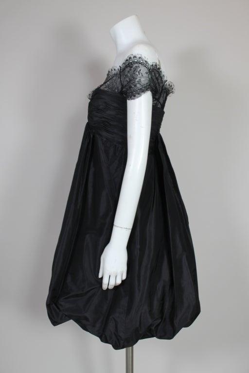 Oscar De La Renta Silk Taffeta and Lace Cocktail Dress 5