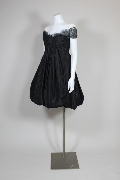 Oscar De La Renta Silk Taffeta and Lace Cocktail Dress 7