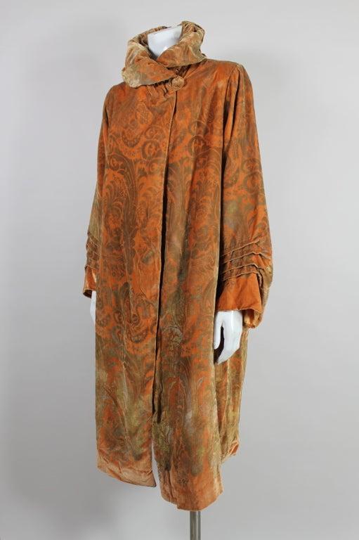 1920's Gallenga Stenciled Silk Velvet Coat 3