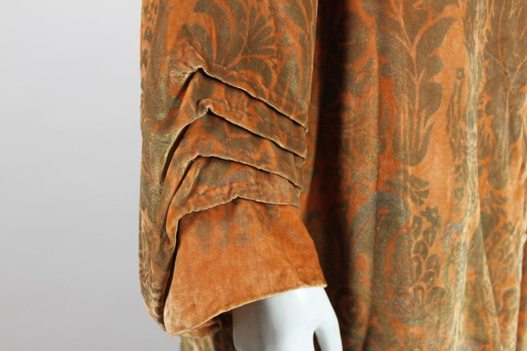 1920's Gallenga Stenciled Silk Velvet Coat 8
