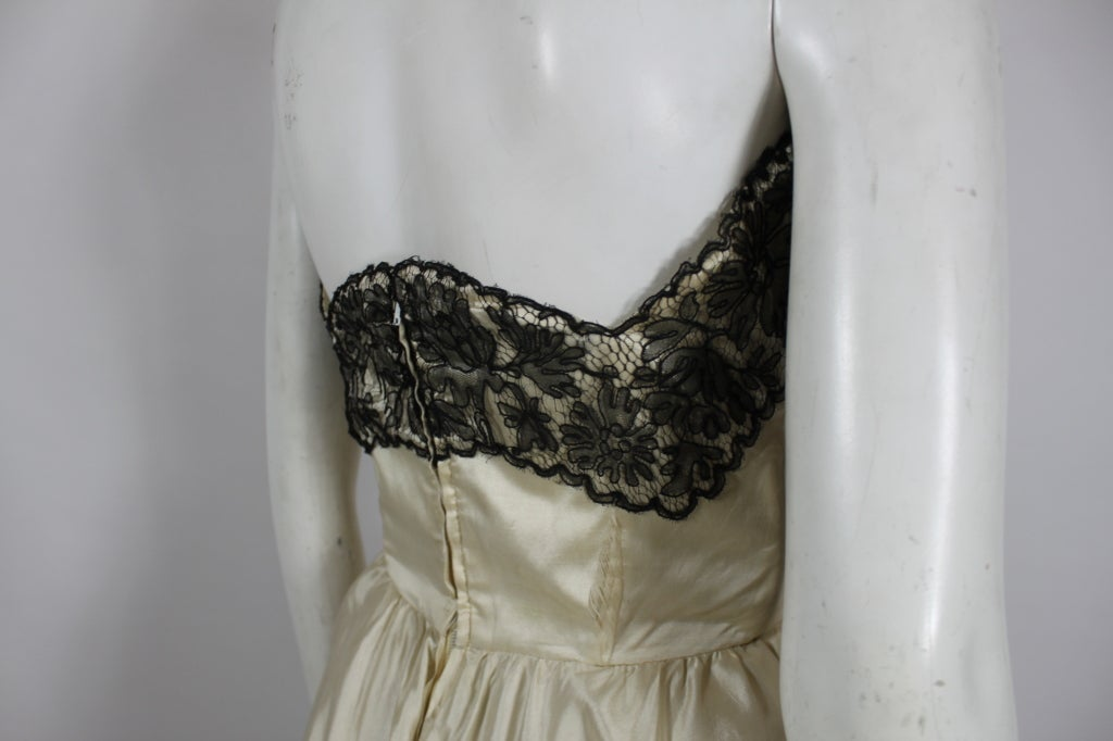 1950s Ivory Ball Gown with Lampshade Pleated Skirt 7