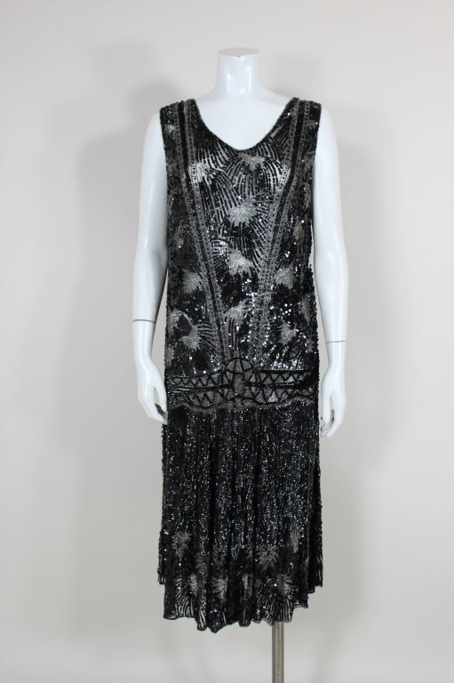 1920s Black Sequined Starburst Flapper Dress 2