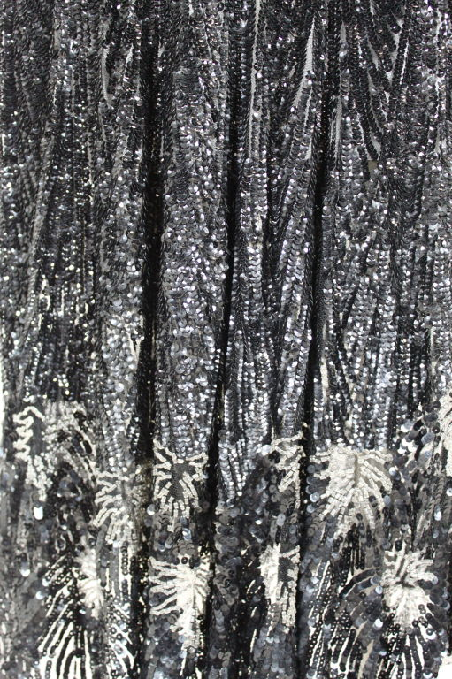 1920s Black Sequined Starburst Flapper Dress 8