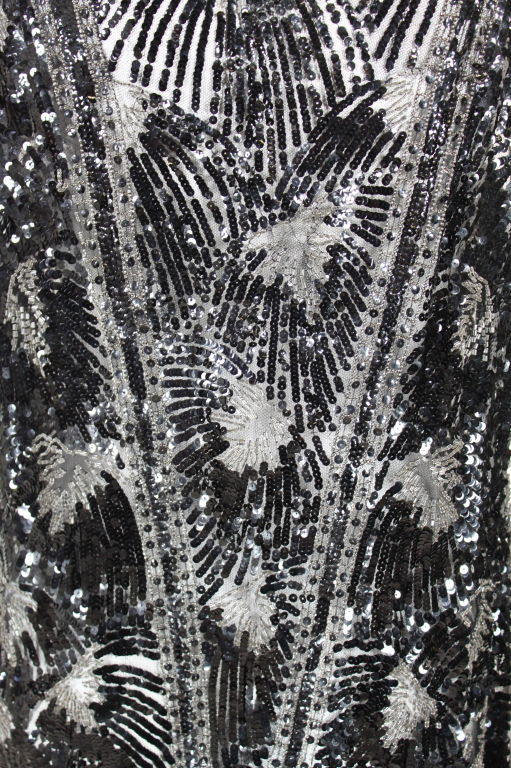1920s Black Sequined Starburst Flapper Dress 9