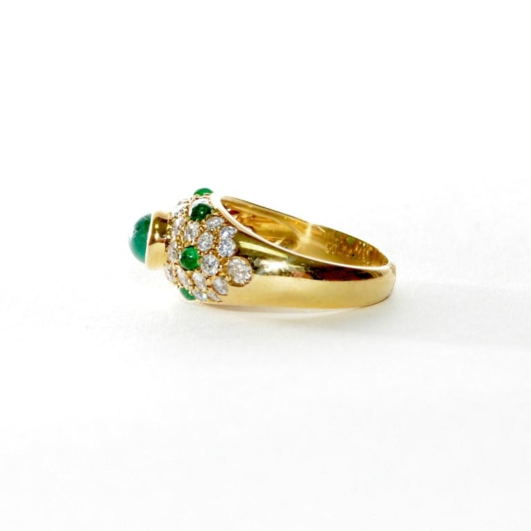 cartier panthere cabochon emerald yellow gold ring