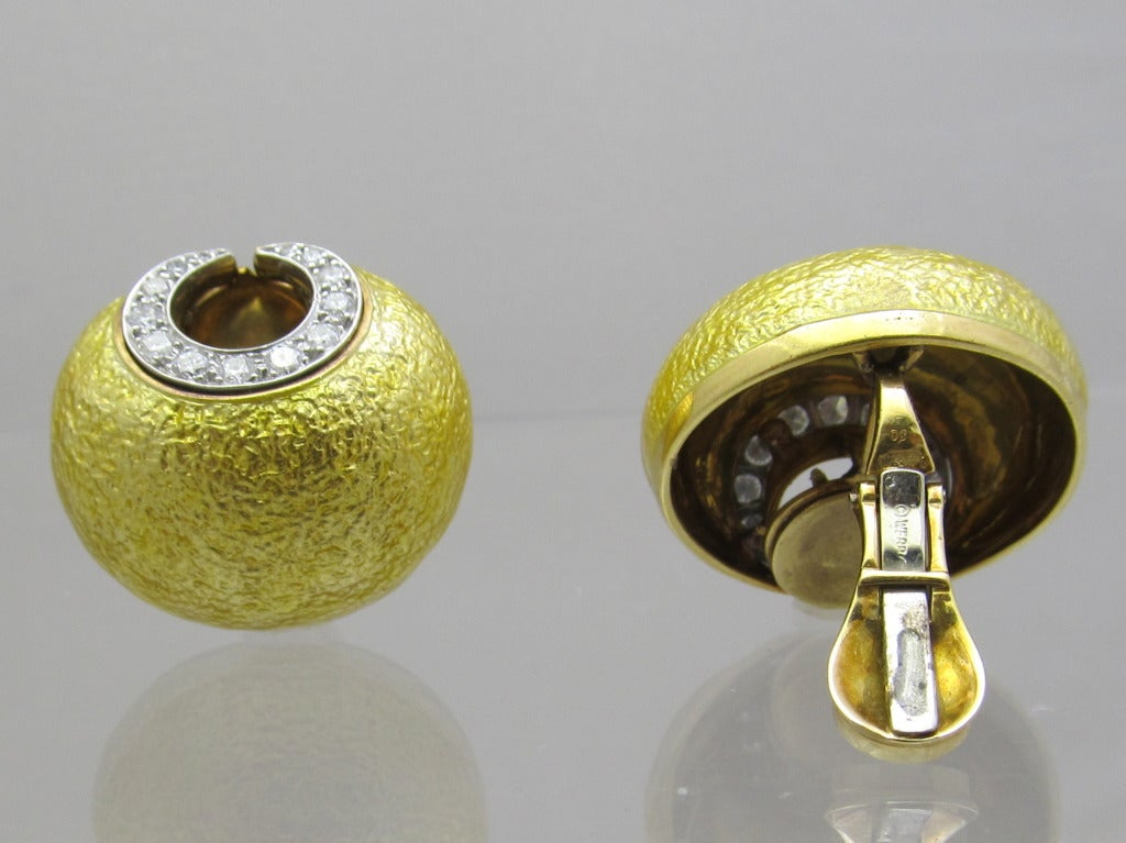 """David Webb""  clip on botton style earrings