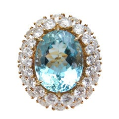 Impressive Aquamarine Diamond Ring