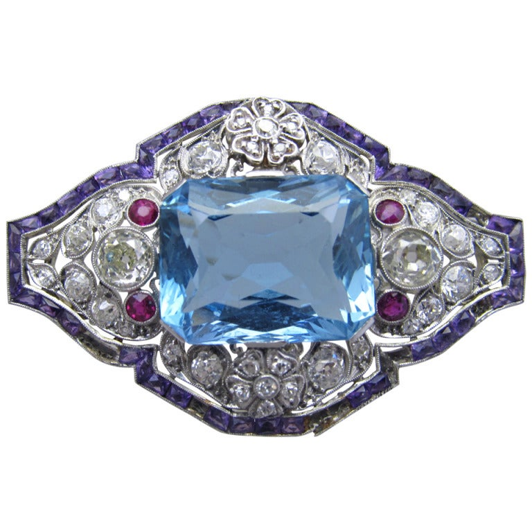 Art Deco Aquamarine Diamond Brooch