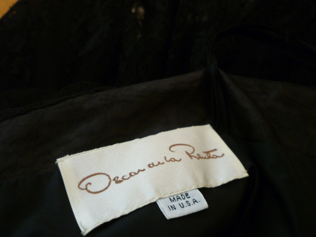 Oscar De la Renta Chantilly Lace Full-Skirt Cocktail Dress 5