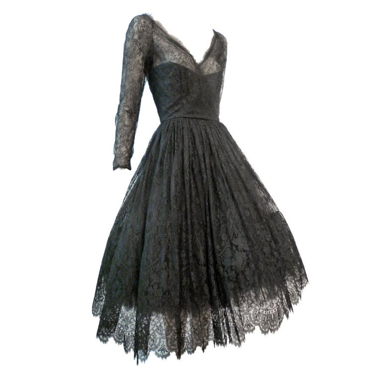 Oscar De la Renta Chantilly Lace Full-Skirt Cocktail Dress 1