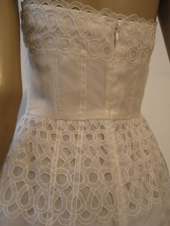 Oscar De la Renta White Eyelet Lace Strapless Gown 5
