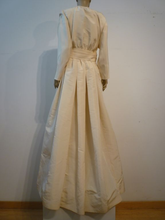Chanel Haute Couture Ivory Silk Formal Coat Dress 5
