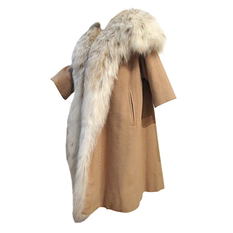I. Magnin 50s  Camel Cashmere and Lynx Trapeze Coat