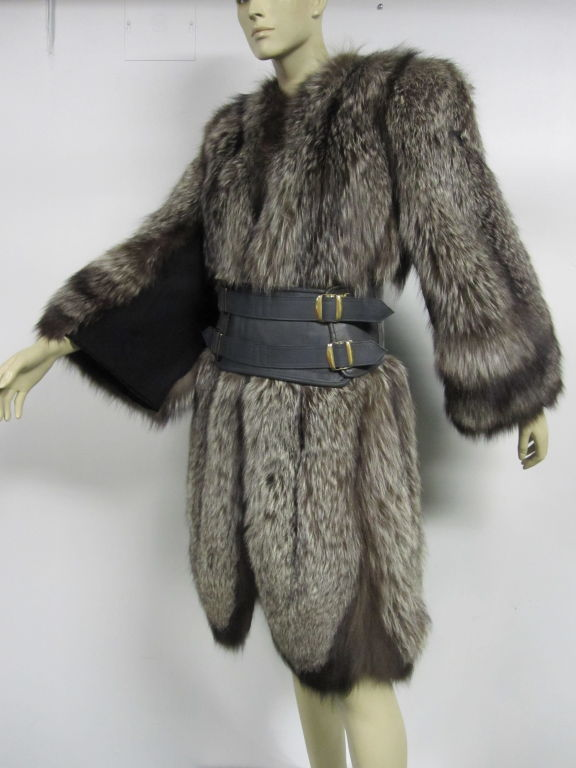 Luxurious 40s Silver Tipped Fox Fur Coat With Scalloped