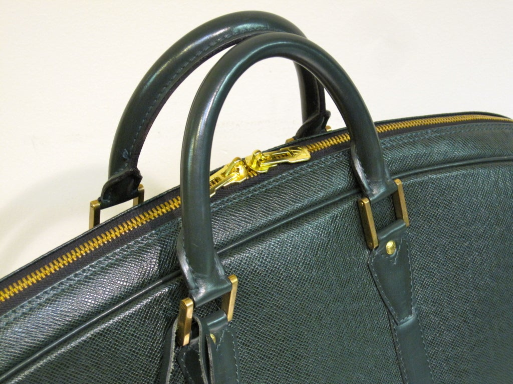 Louis Vuitton Epi Leather Travel Bag in Forest Green image 5